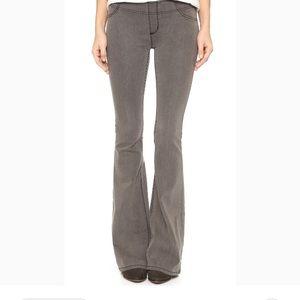 Free People Grey Elastic Waist Jeans sz 29.